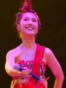 杨千嬅-万紫千红2002演唱会完整版